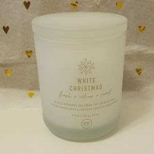 Brand new  DW HOME White Christmas  scented candle